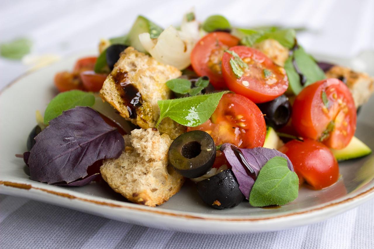 トマト パン サラダ